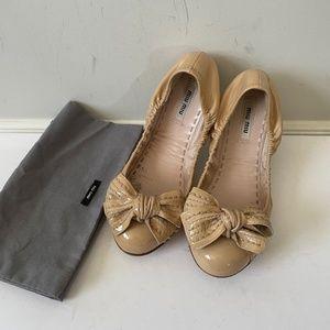 Miu Miu patent leather flat pink beige